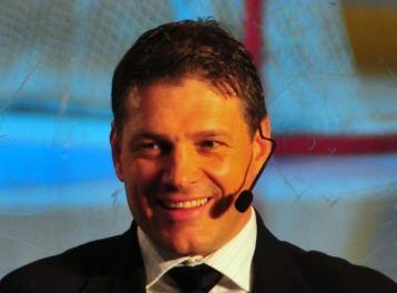 Hakan Andersson (ice hockey)