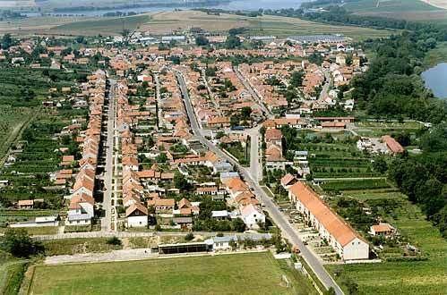 Hlohovec (Břeclav District) wwwedbczgrmatobrw1825163020000obrjpg