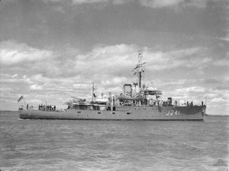 HMAS Bunbury (J241)