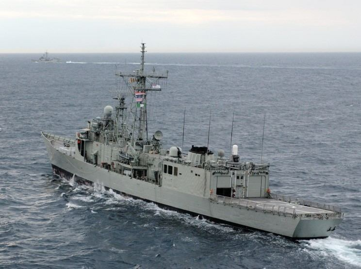 HMAS Canberra (FFG 02) MaritimeQuest HMAS Canberra FFG02 Page 2