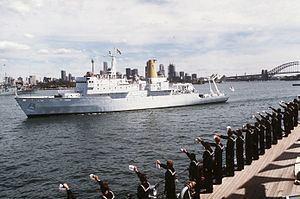 HMAS Cook httpsuploadwikimediaorgwikipediacommonsthu