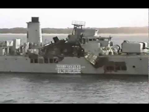 HMAS Derwent (DE 49) HMAS Derwent DE49 after DSTO testing 1994avi YouTube