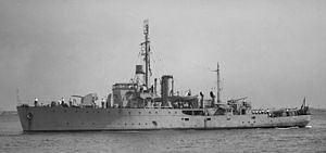HMAS Gladstone (J324) httpsuploadwikimediaorgwikipediacommonsthu