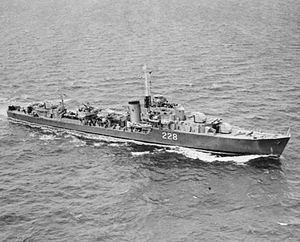 HMCS Crusader (R20) httpsuploadwikimediaorgwikipediacommonsthu