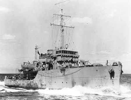 HMCS Esquimalt Crewlist from HMCS Esquimalt J 272 Canadian Fleet minesweeper