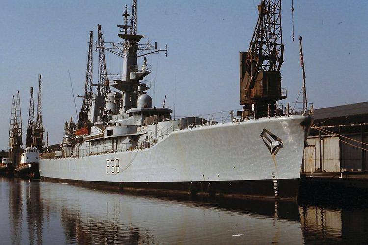 HMS Arethusa (F38) HMS Arethusa F38 The Royal Navy Leander class frigate P Flickr