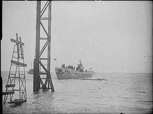 HMS Auriga (P419) httpsuploadwikimediaorgwikipediacommonsthu