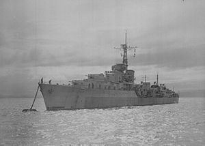 HMS Camperdown (D32) httpsuploadwikimediaorgwikipediacommonsthu