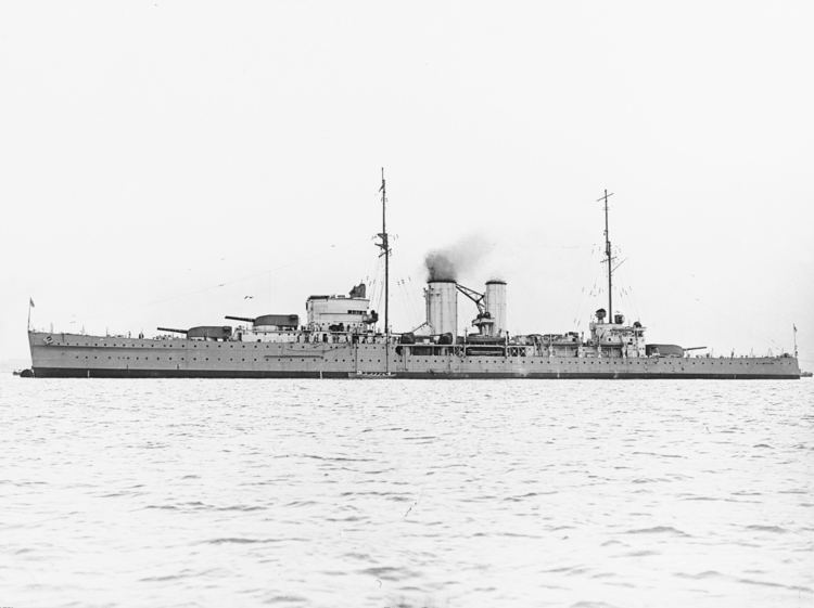 HMS Exeter (68) FileHMS Exeter 68 at anchor in the 1930sjpg Wikimedia Commons