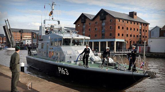 HMS Express (P163) wwwroyalnavymodukmediaroyalnavyresponsive