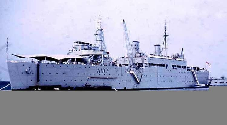 HMS Forth (A187) HMS ForthHMS Defiance F04A187 UKSubPhots