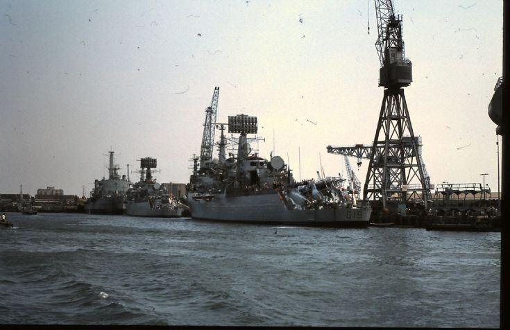HMS Glamorgan (D19) Ships and Harbours Photos HMS GLAMORGAN D19