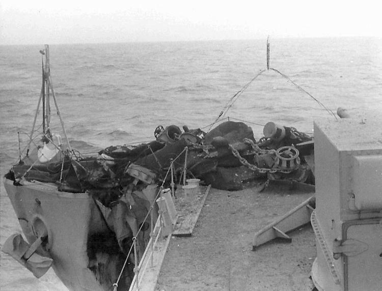 HMS Hogue (D74) wwwnavalhistorynetPhoto10ddzzHogue1THendersonjpg