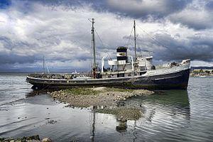 HMS Justice (W140) httpsuploadwikimediaorgwikipediacommonsthu
