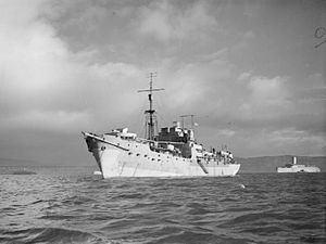 HMS Largs httpsuploadwikimediaorgwikipediacommonsthu