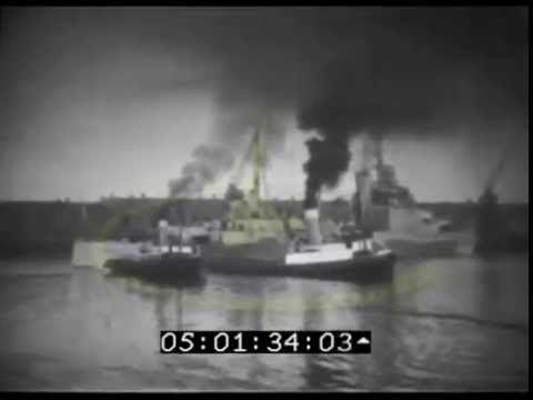 HMS Mauritius (80) Tugboat convoys to WW2 warship HMS Mauritius 80 Newcastle Upn