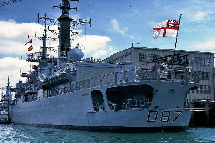 HMS Newcastle (D87) D87 HMS Newcastle 1984 23 June 1984 Portsmouth HMS Newca Flickr