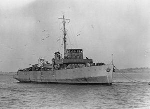 HMS Plover (M26) httpsuploadwikimediaorgwikipediacommonsthu