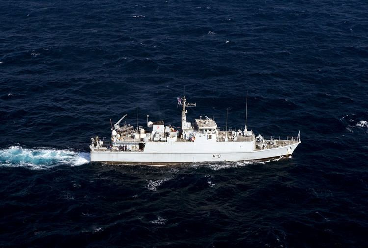 HMS Ramsey (M110) FileUS Navy 110816NYX920055 The Royal Navy mine countermeasures