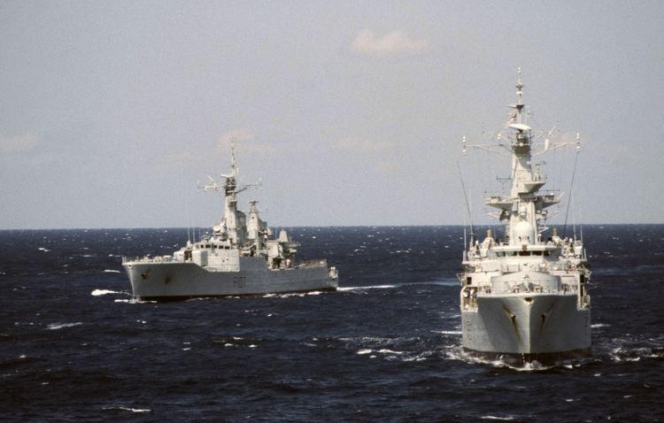 HMS Rothesay (F107) HMS Rothesay F107 ShipSpottingcom Ship Photos and Ship Tracker