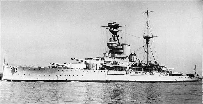 HMS Royal Sovereign (05) Battleship HMS Royal Sovereign