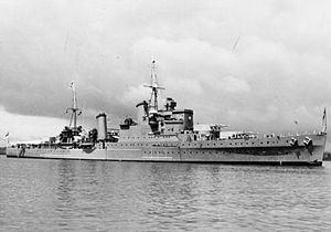 HMS Southampton (83) httpsuploadwikimediaorgwikipediacommonsthu