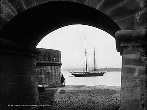HMS Undine (1881) httpsuploadwikimediaorgwikipediacommonsthu