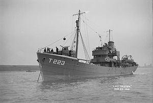 HMT Bredon (T223) httpsuploadwikimediaorgwikipediacommonsthu