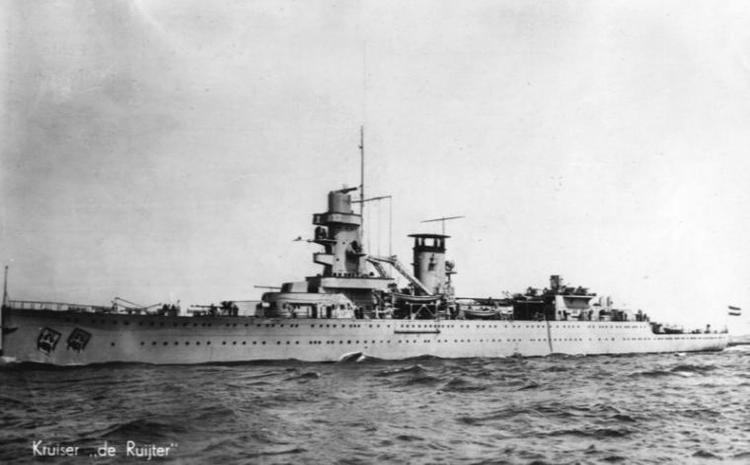 HNLMS De Ruyter (1935) Photos of HrMs cruiser De Ruyter