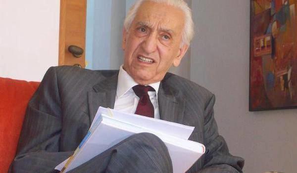 Hocine Aït Ahmed Hocine At Ahmed a tir sa rvrence Actualit