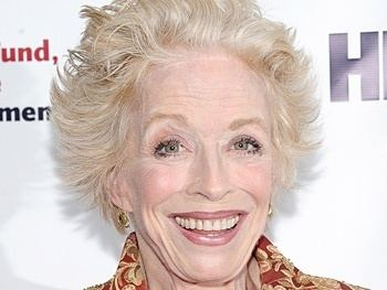 Holland Taylor Two and a Half Men39s Holland Taylor Replaces Mary Louise