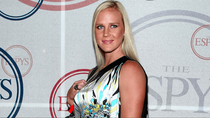 Holly Holm Holly Holm Ronda Rousey Update 5 Facts About UFC
