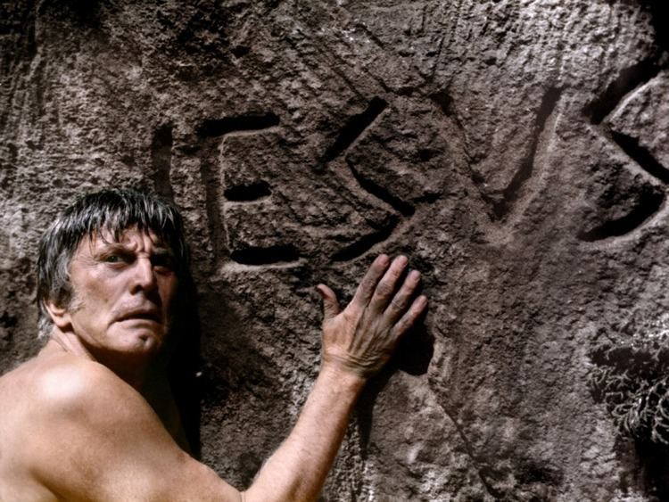 Holocaust 2000 The World Will End In Fire Kirk Douglas Arse and Holocaust 2000