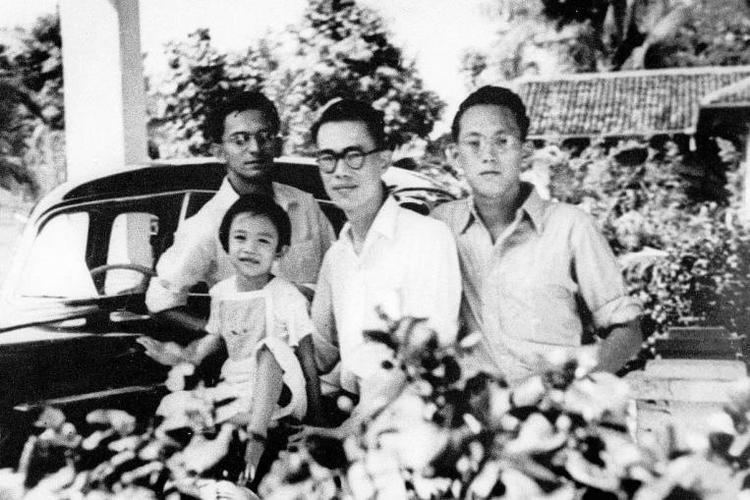Hon Sui Sen Remembering Lee Kuan Yew Special CNY visit to Uncle