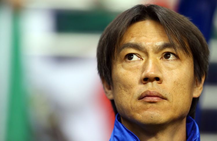 Hong Myung-bo It39s all Greek to him The Korea Times