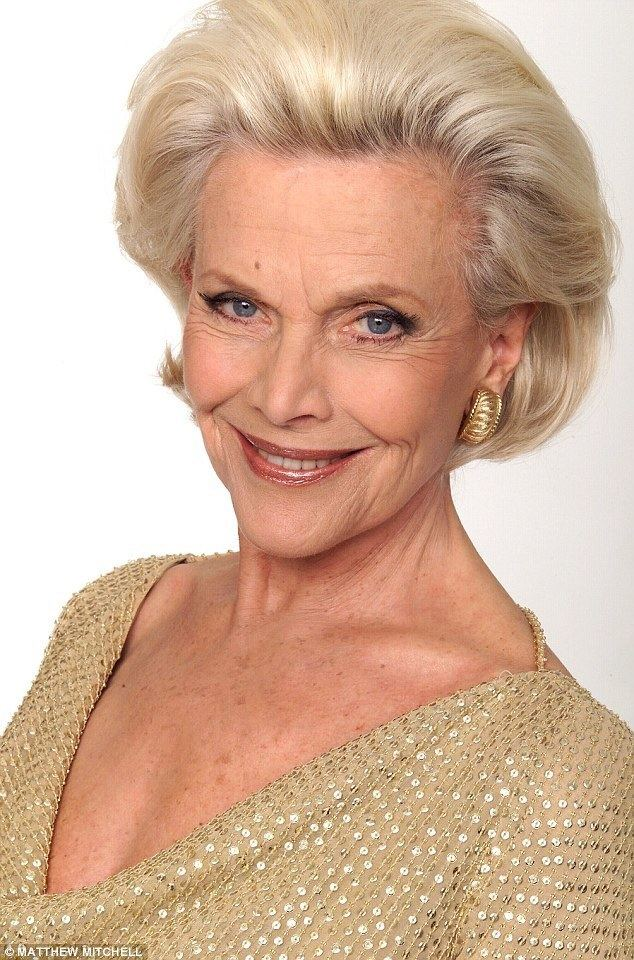 honor blackman - photo #2