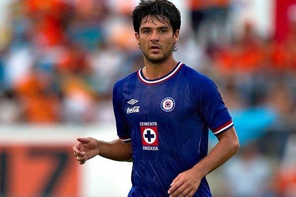 Horacio Cervantes Horacio Cervantes calific con 8 la temporada de Cruz Azul
