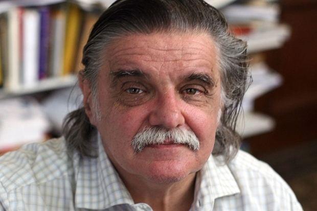 Horacio González Horacio Gonzlez quotVale la pena discutir con Beatriz Sarloquot 2910