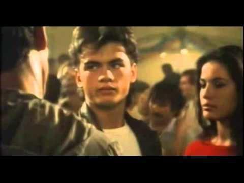 Hors-la-loi (1985 film) hors la loi de Robin Davis YouTube