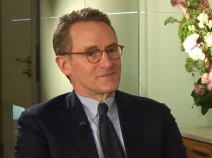 Howard Marks (investor) Howard Marks Oaktree Presentation Business Insider