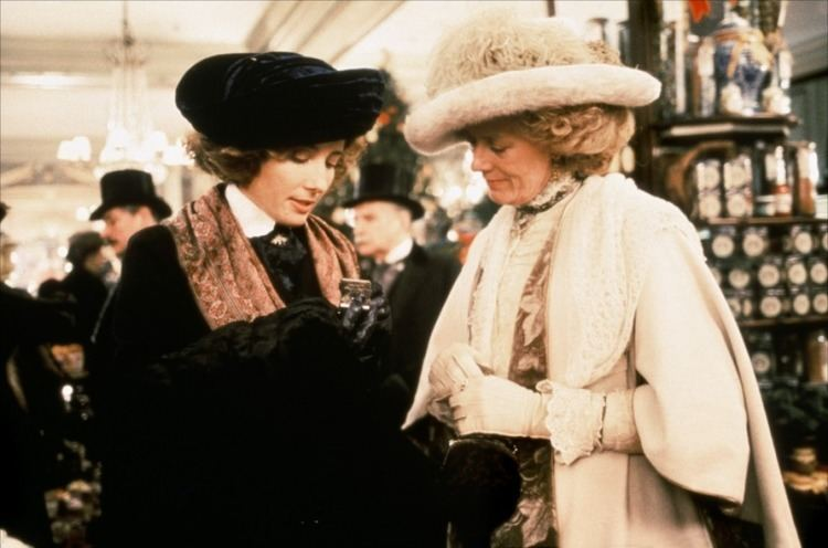 Howards End (film) Howards End 5 Things Hollywood Can Learn from Merchant Ivory