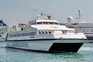 HSC Karolina httpsuploadwikimediaorgwikipediacommonsthu