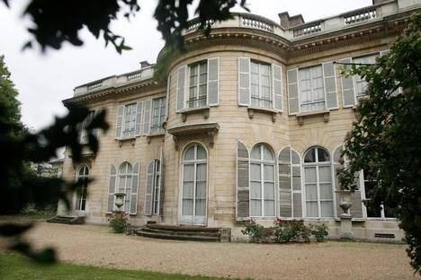 Hôtel de Bourbon-Condé HP BourbonCond Paris VIIme riesener Doctissimo