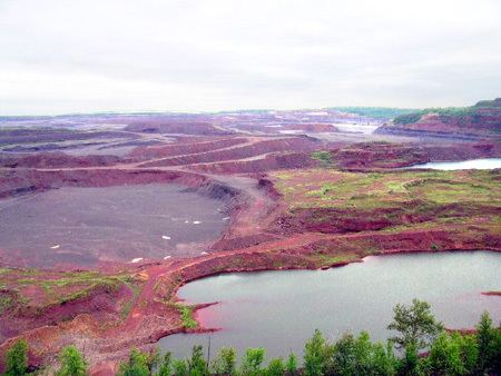 Hull–Rust–Mahoning Open Pit Iron Mine World39s Largest Open Pit Iron Ore Mine