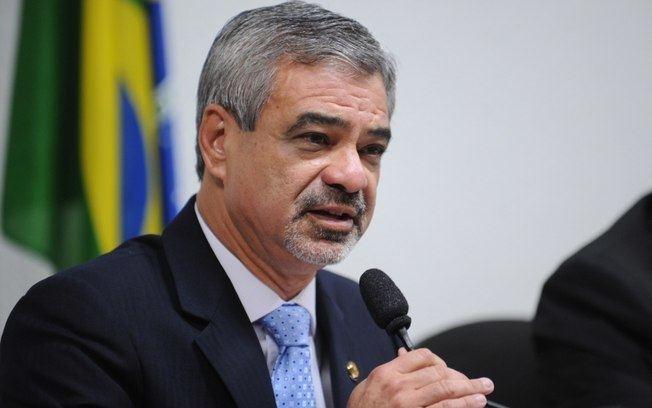 Humberto Costa Imposto pelo PT Humberto Costa quer se reconciliar com