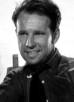 Hume Cronyn Hume Cronyn OC was a Canadian actor of stage and screen who