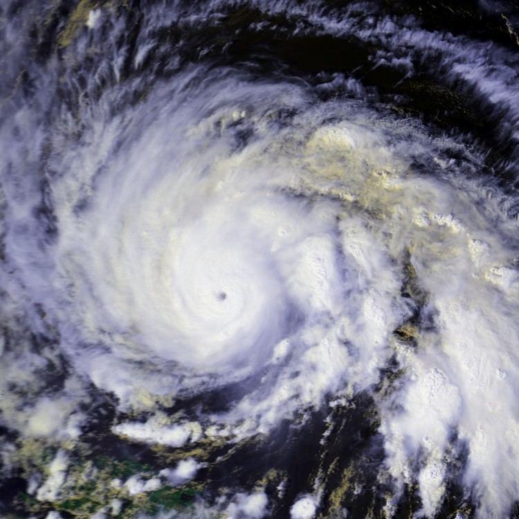 Hurricane Gloria httpsuploadwikimediaorgwikipediacommons22