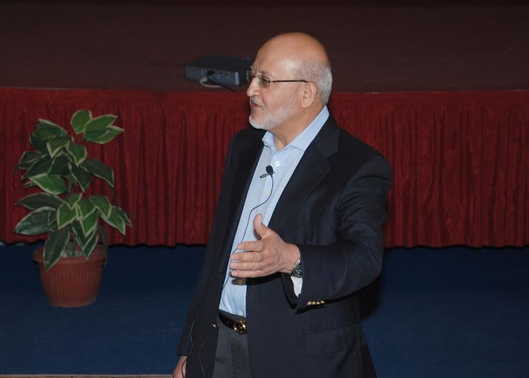 Hussain Dawood Hussain Dawood Talks about For Success Wisdom or Bizdom at the