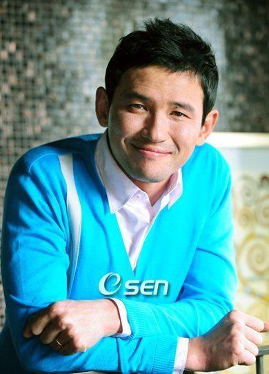 Hwang Jung-min starkoreandramaorgwpcontentuploads200707Hw