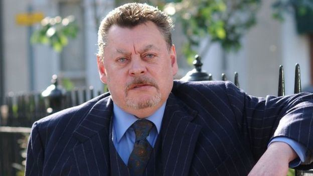 Hywel Bennett Hywel Bennett star of television and film dies aged 73 BBC News